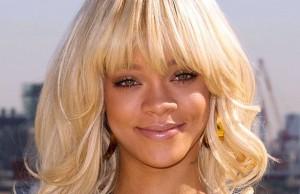 RihannaBlonde-586x380