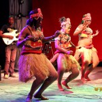 Fiston Mbuyi en concert au Palm Beach