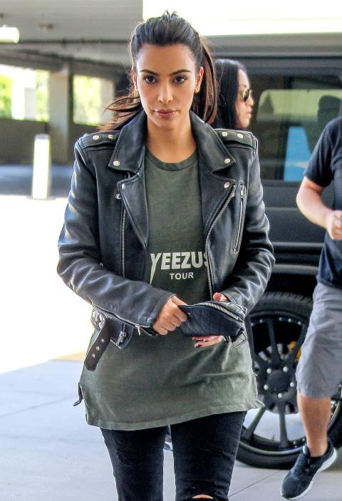Kim Kardashian goes shopping at Westfield Topanga in Canoga Park