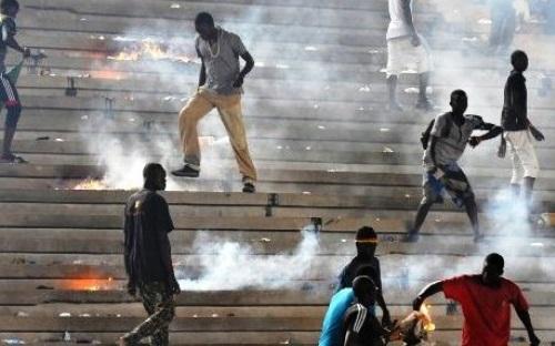 VIOLENCES AU STADE