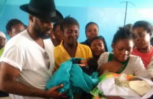 Fally Ipupa -Maternité de Kolwezi (Manita)