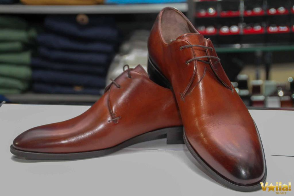 Les chaussures en cuir