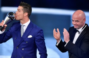 Cristiano Ronaldo , Winner of Best FIFA , Veste blue,
