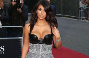 Kim Kardashian, Robe noire diamand