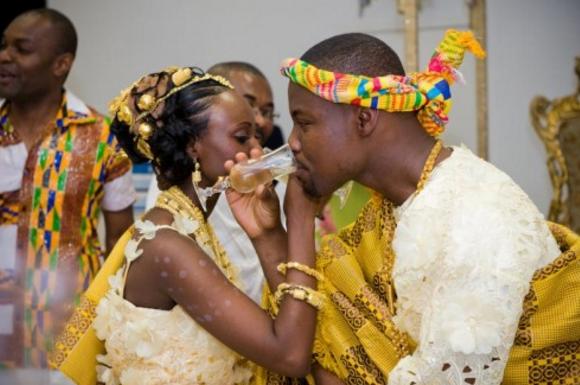 AMOUR, habillement traditionnel, homme et femme africain