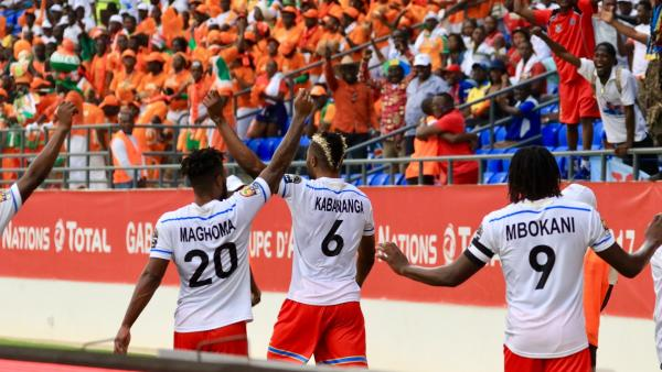 rdc-cote-ivoire-can-2017-equipe-rdc-salue-supporters_0