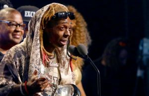 101918-music-lil-wayne-hha-acceptance-speech