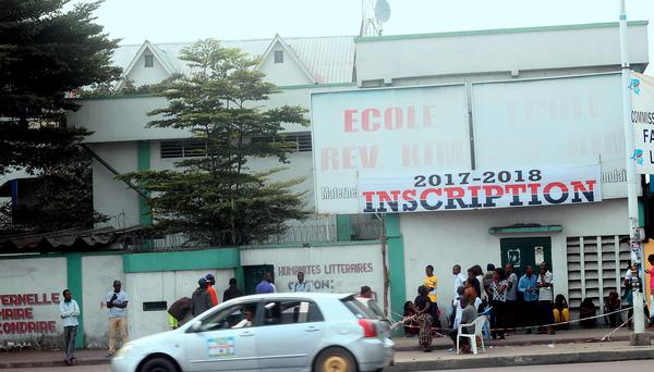 Porte-entree-Ecole-Rev-Kim_reference